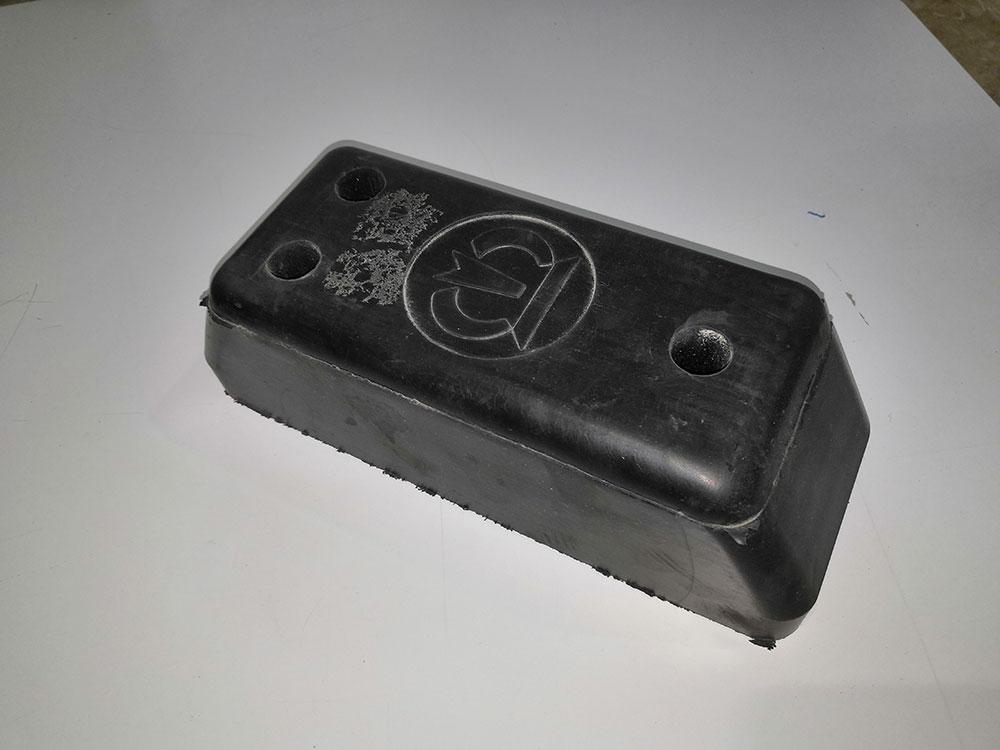 Отбойник заднего портала резиновый KRONE 505815272